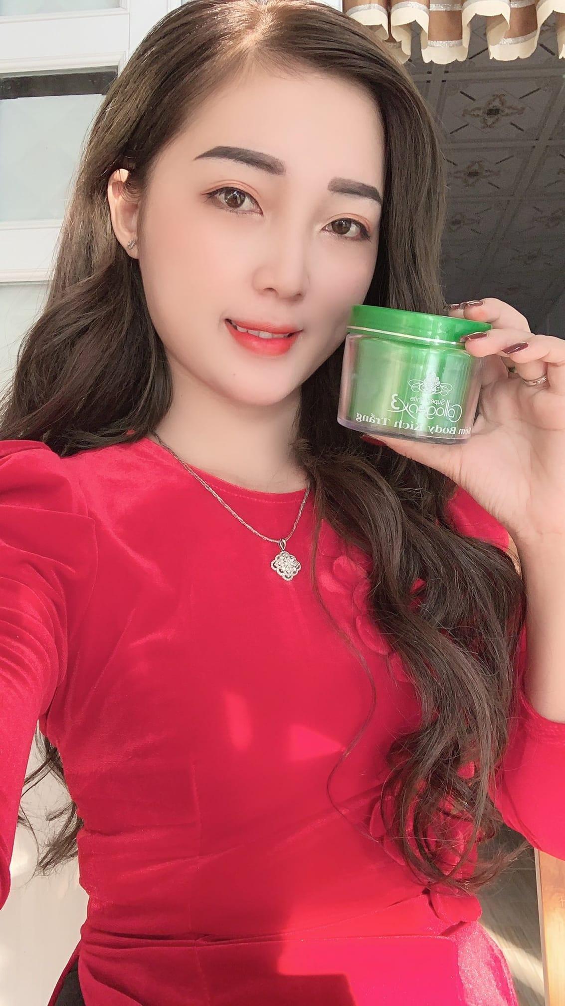 Kem Body Kích Trắng Collagen X3 Màu Xanh